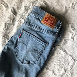 Levi's Light Wash 311 Shaping Skinny Size 27